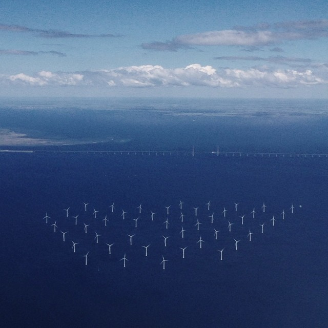 Vignette team flies over Wind farms in Copenhagen en route to the World Press Photo Reporting Change event in Amsterdam. #wpph_rc